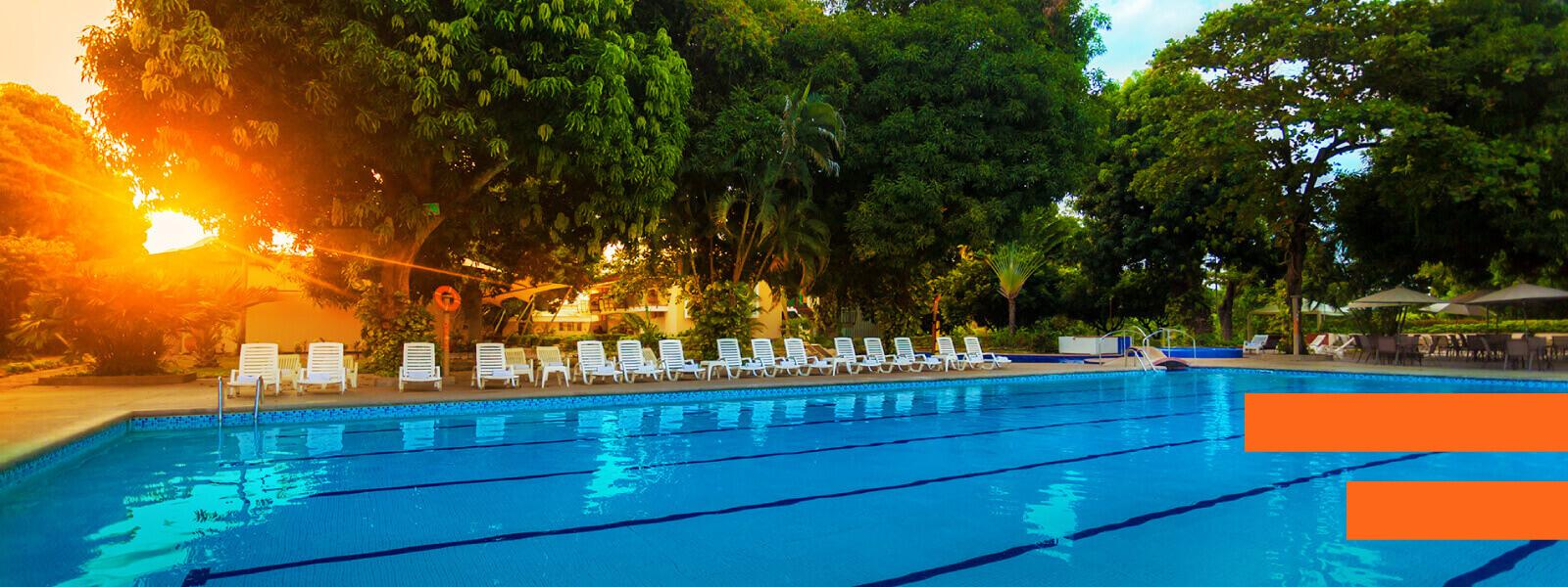 Escape during the week! - GHL Relax Hotel Club El Puente - Girardot